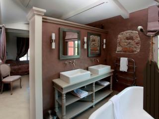 Salle de bains en béton ciré