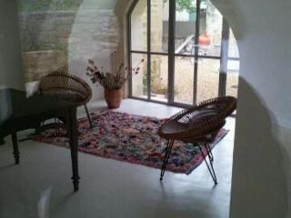 Salon en béton ciré à Uzès par Therma'Sol (30)